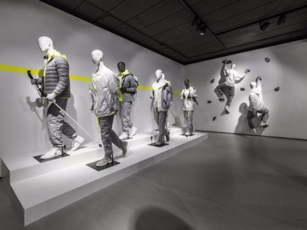 荷兰 运动品牌陈列店 | Hans Boodt Mannequins