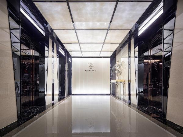 昆明 · 万达西山双塔顶层国际金融办公室