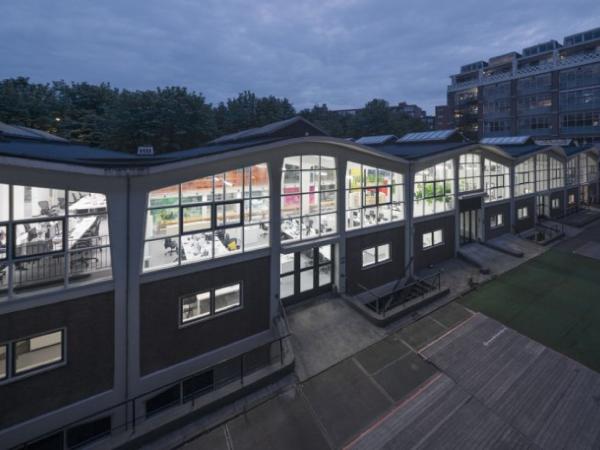2400㎡荷兰鹿特丹现代风格办公室