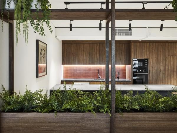 营造能够激发合作与创造力的氛围,墨尔本Carman's食品公司新总部