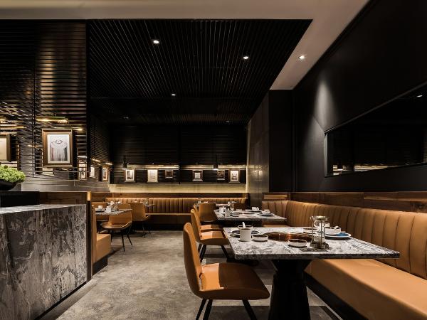 朴素精致的空间体验,厦门大头椰椰子鸡火锅餐厅