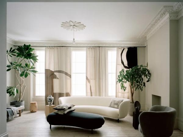 简单的优雅的工作和生活方式的空间