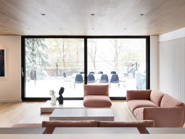 粉色+极简,打造时尚住宅
