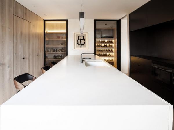 西班牙Alcazar公寓改造,优雅简约