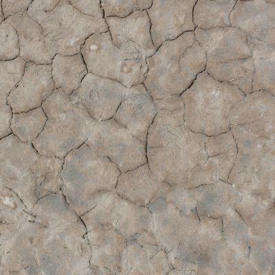 带裂纹地面